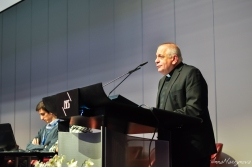 Robert J. VITILLO, Head of Delegation, Caritas Internationalis, Geneva: Caritas Internationalis Responding to Refugees and Migrants Worldwide